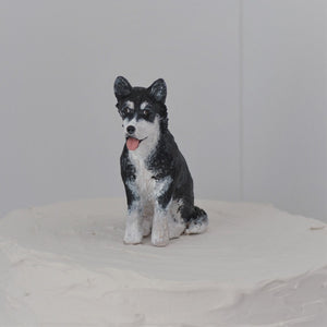 Polymer clay husky dog cake topper close up