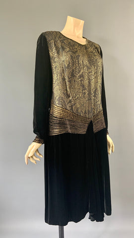 1920s vintage black velvet and gold lamé asymmetric evening dress