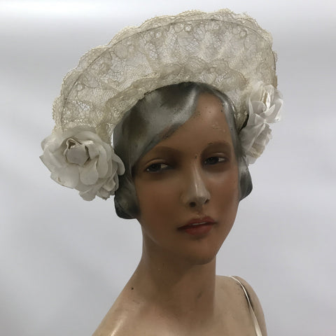 Vintage c.1930s halo style wired lace and flower bridal headdress