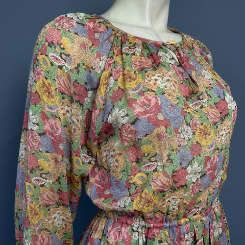 Vintage 1970s Hildebrand cotton lawn Liberty fabric day dress