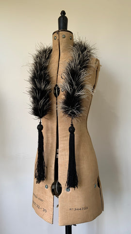 Edwardian to 1920s antique black and white feather boa with tassels