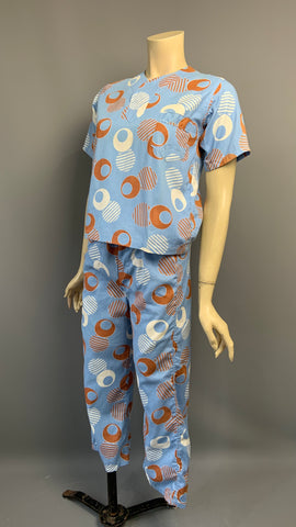 Vintage cotton pique c. 1930s pyjamas with bold Art Deco print