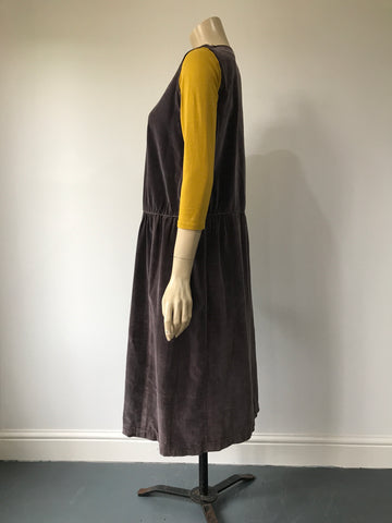 Vintage mole coloured cotton velvet drop waisted 1920s sleeveless day dress
