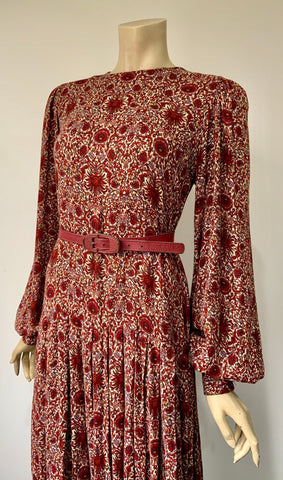 vintage arts and crafts print Droopy and Browns late 1970s to early 1980s dress