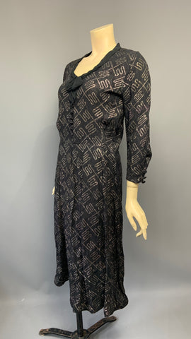 Metallic geometric lamé effect 1930s dress - black and gold