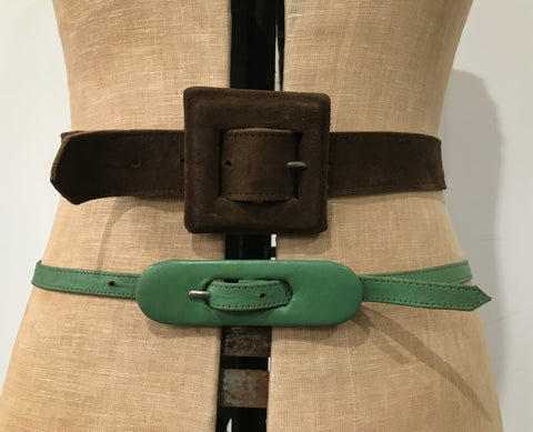 lot of two 1930s / 1940s belts in leather and suede - M/L