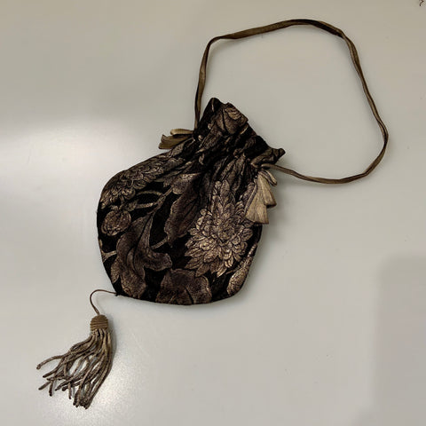 1920s gold and black lamé vintage evening pouch or bag with bullion tassel