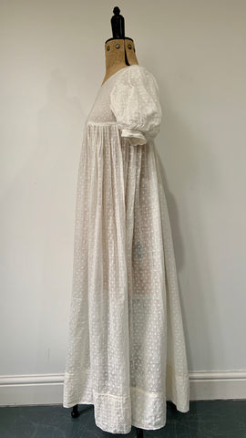 antique regency 1820s style white sprigged muslin gown or day dress - teens? - costume?