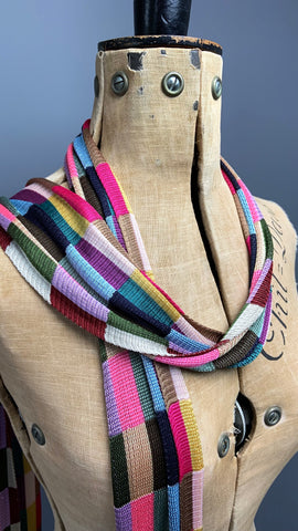 Wonderful Art Deco 1920s multicoloured knitted long slim scarf