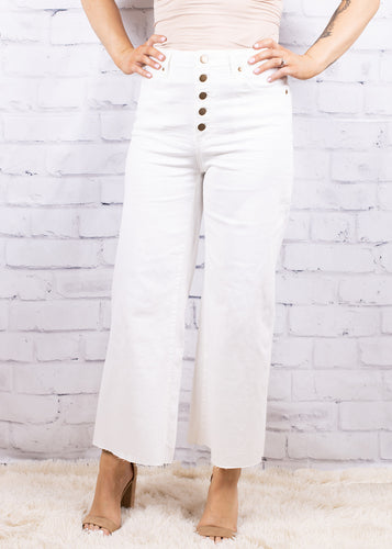 BUTTON FLY CROPPED FLARES