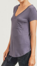 Load image into Gallery viewer, Longline V-neck  Pocket Tee