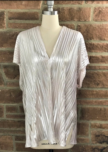 Blush/Silver Pleated V-neck Tunic
