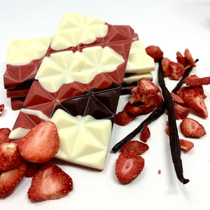 37% Strawberry Sundae Bar - Cocoa40 Inc. - Gourmet Chocolate Made in Canada