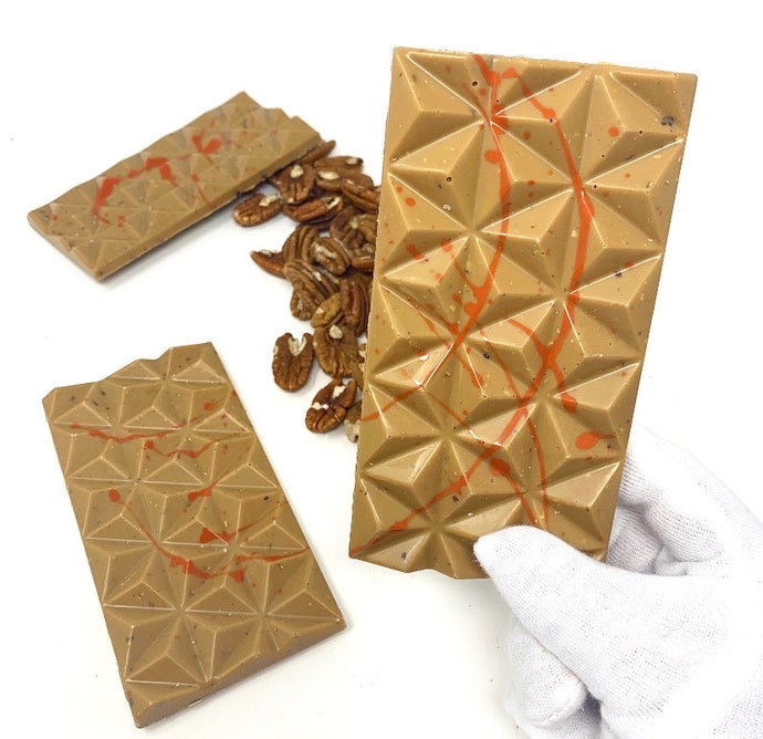 32% Salted Caramel Pecan Bar - #Chocolate4Change - Shining Through Centre - Cocoa40 Inc.