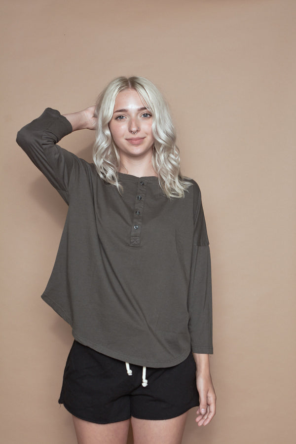 Classic Henley - Charcoal