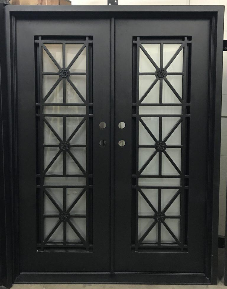 Vlad 37.5x96 Half Circle Iron Door