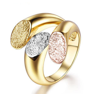The Queen Gold Fashion Ring #12