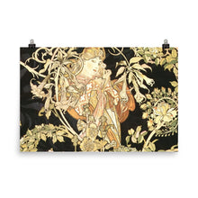 Load image into Gallery viewer, Alphonse Mucha - Geisha Black