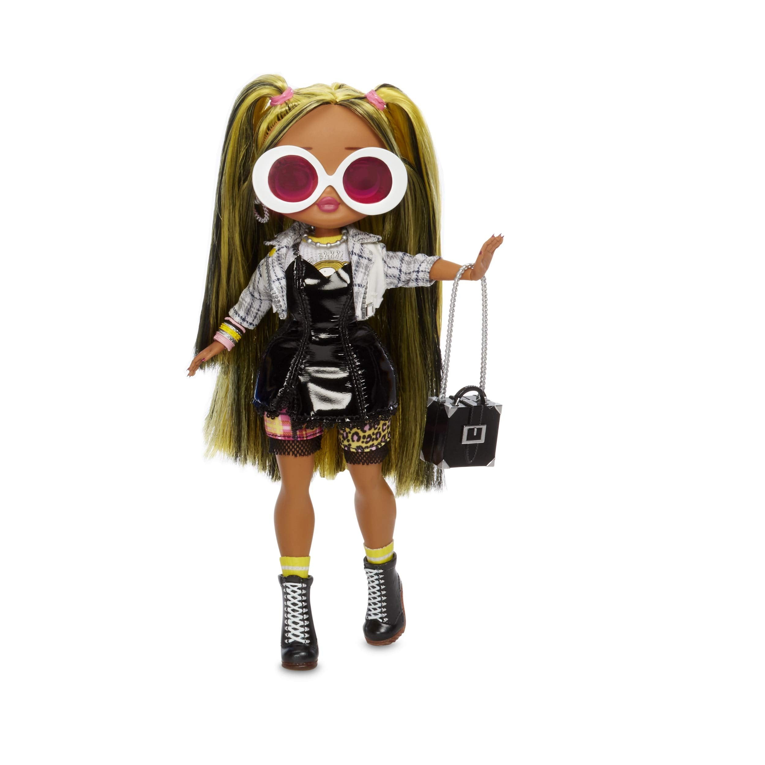 L.O.L. Surprise! 565123E7C O.M.G. Alt Grrrl Fashion Doll with 20 Surprises, Multi