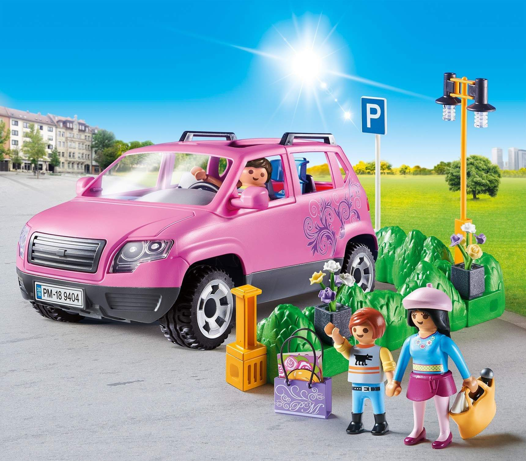 Amazon PLAYMOBIL City Life Coche Familiar con Parking, A partir de 5 años (9404)