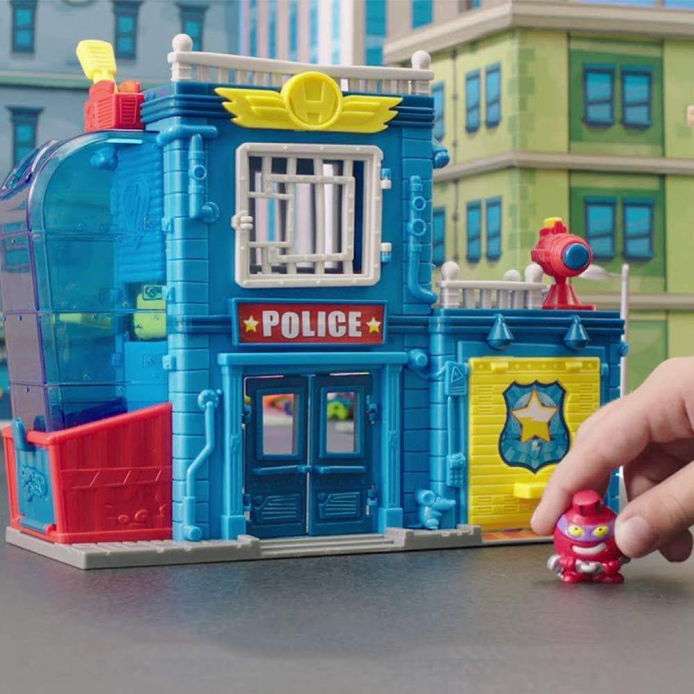 Amazon Superzings - Estación De Policía, con 2 exclusivas figuras SuperZings