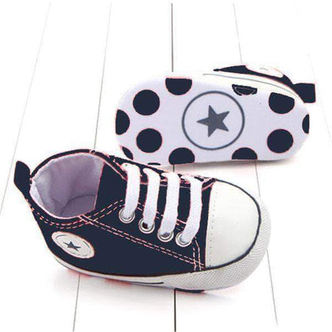 Image of mamyka- moda infantilZapatillas bebé all star en azul marino, con suela antideslizante | mamyka collection - mamyka- moda infantil