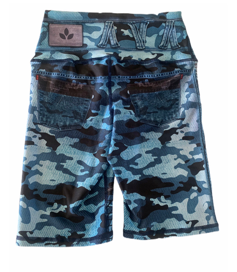 Blue Camo Bikers-Alina and the Sea