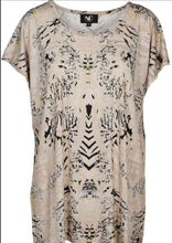 Load image into Gallery viewer, Powder Rose Print Top Free Shipping