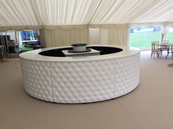4m Chesterfield Circular Bar