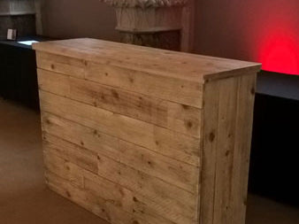 5ft Rustic Straight Bar