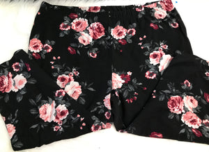 Plus size floral capris leggings