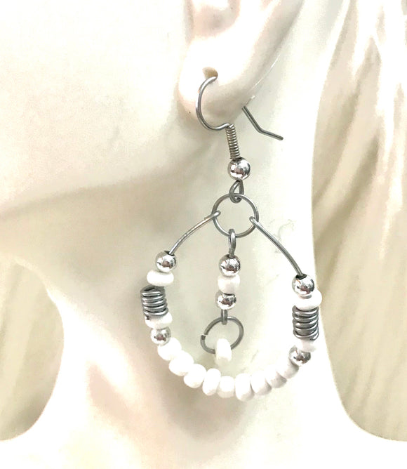 Wire dangle earrings
