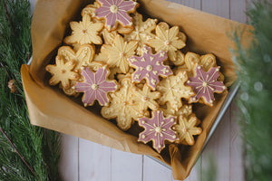 Citrus scented butter cookies snowflake shape