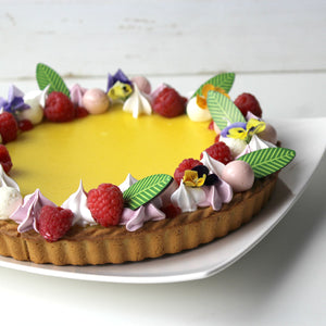 Palm Leaf Chocolate Decor on lemoncurd tart