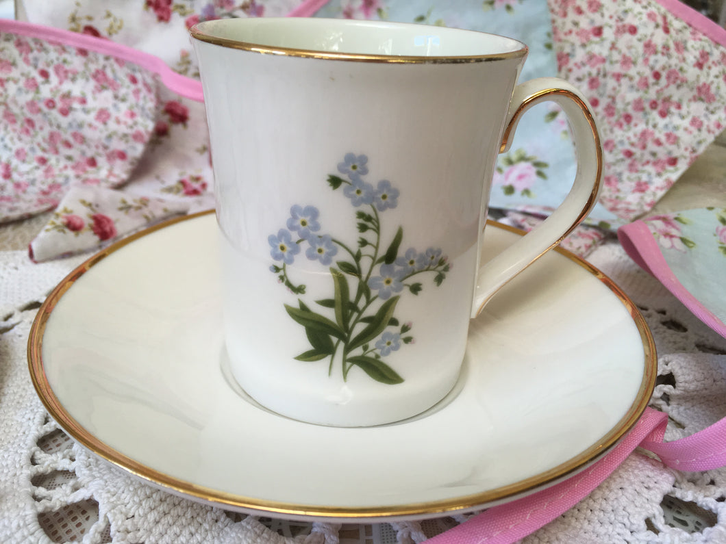 Elizabethan, fine bone china, vintage coffee cup and saucer, spring flowers, c.1980s