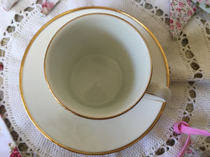 Elizabethan, fine bone china, vintage coffee cup and saucer, summer flowers, c.1980s