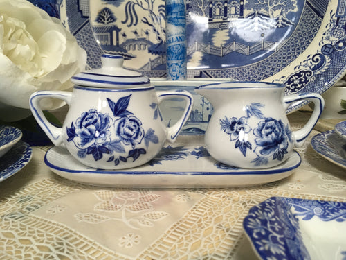 Delft, Blue & White