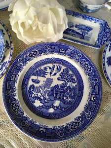 Alfred Meakin, England, Old Willow, Blue and White Plate c.1940s
