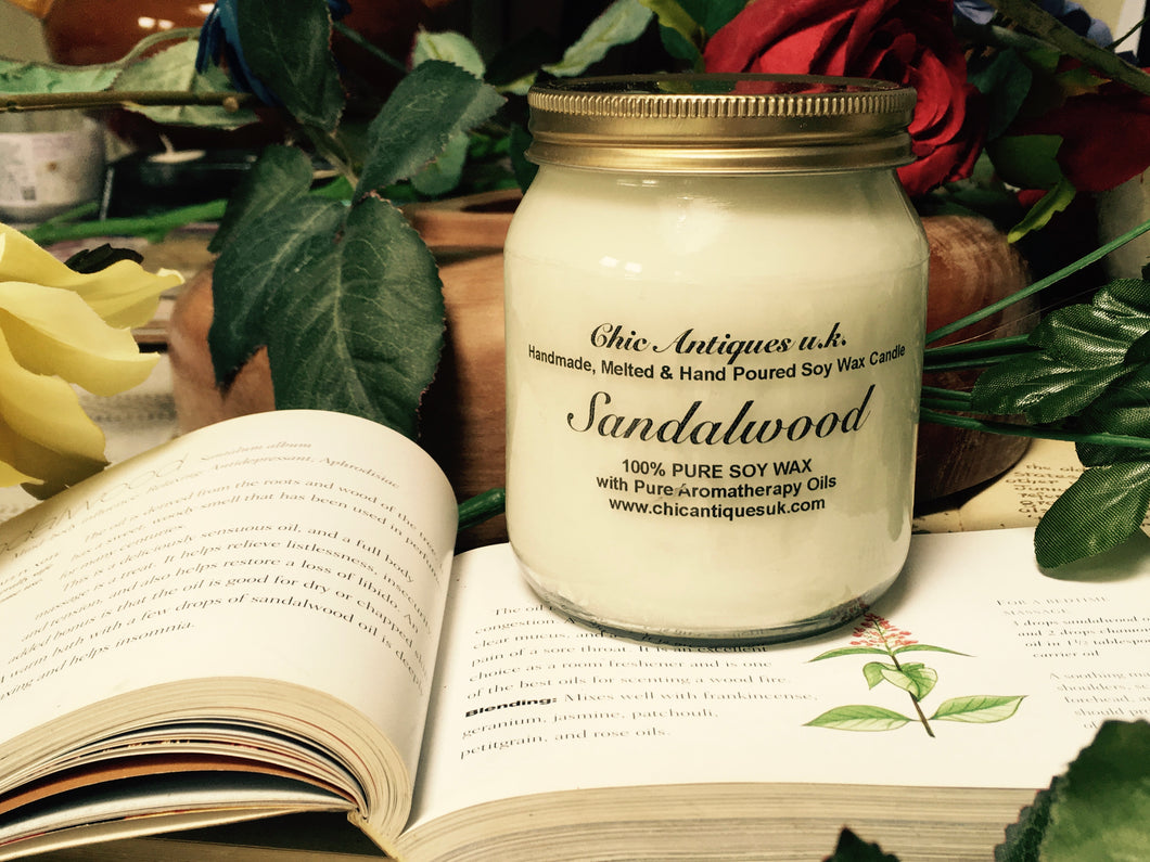 Sandalwood. Pure Soy Wax Candles. Size 12oz / 345 ml (Large).