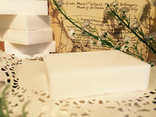 Load image into Gallery viewer, Tea Tree & Goat's Milk Soap.