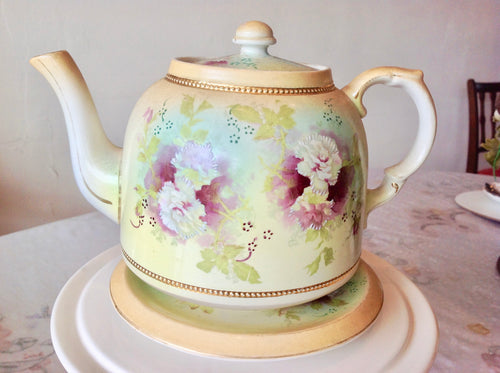 Antique Teapot. Gibson & Sons Ltd.