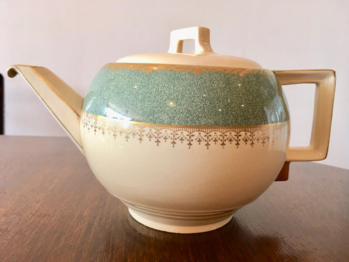 Art Deco, Large Vintage Teapot. Johnson Bros. C.1930s