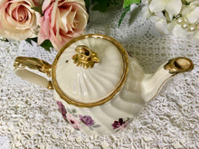 Load image into Gallery viewer, Sadler, Pink Flowers, Large Vintage Teapot.