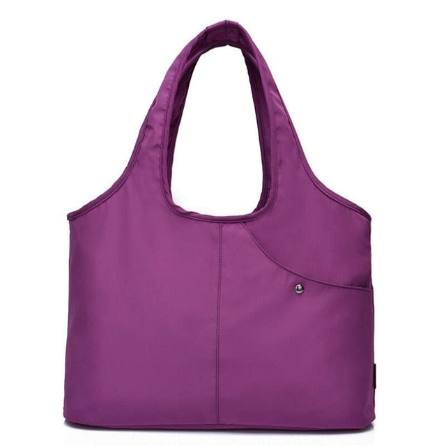 Large capacity nylon tote bag