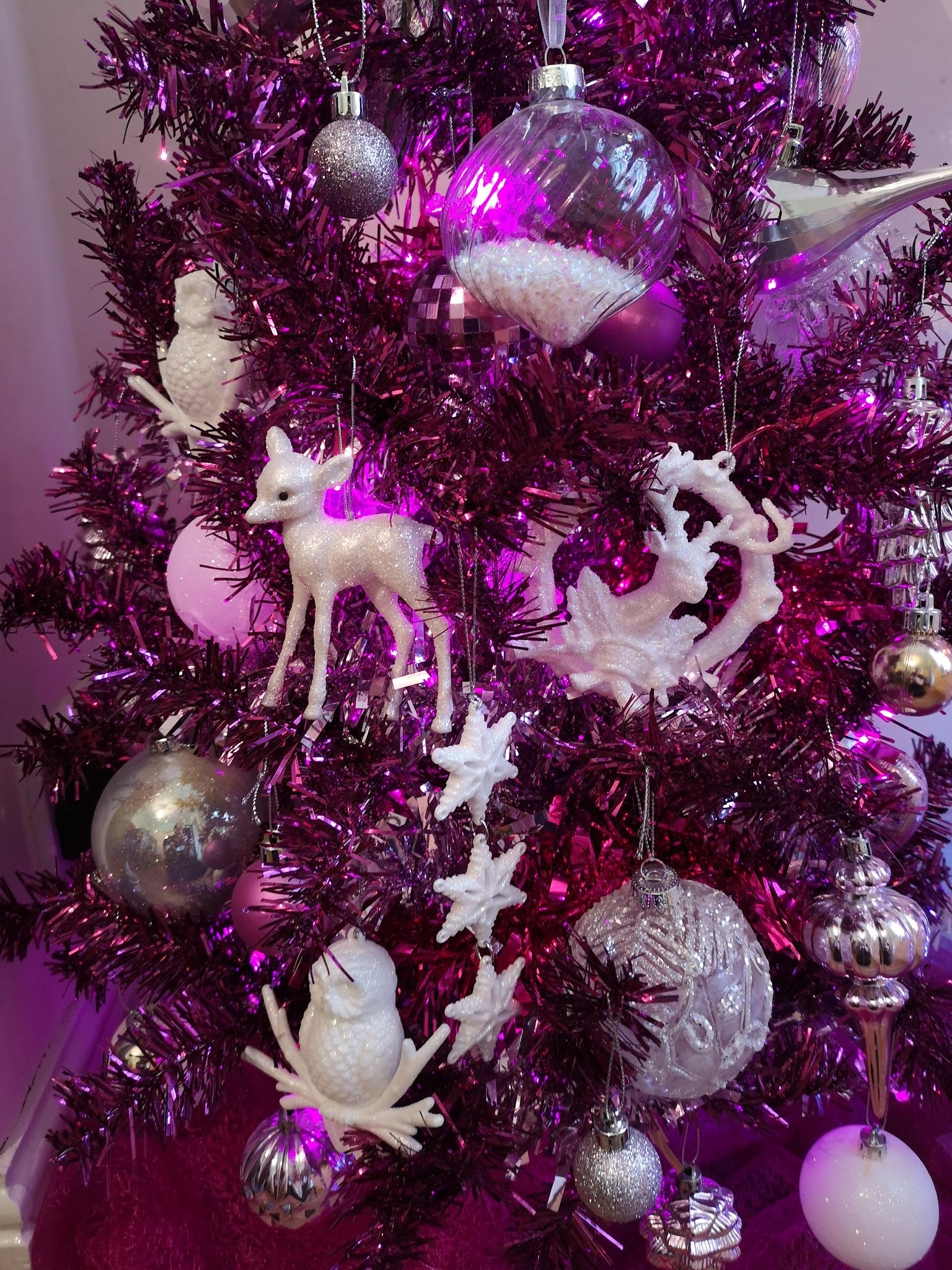 Licclefreak Loves. Pink Christmas. Pastel Christmas. Kitsch Christmas.
