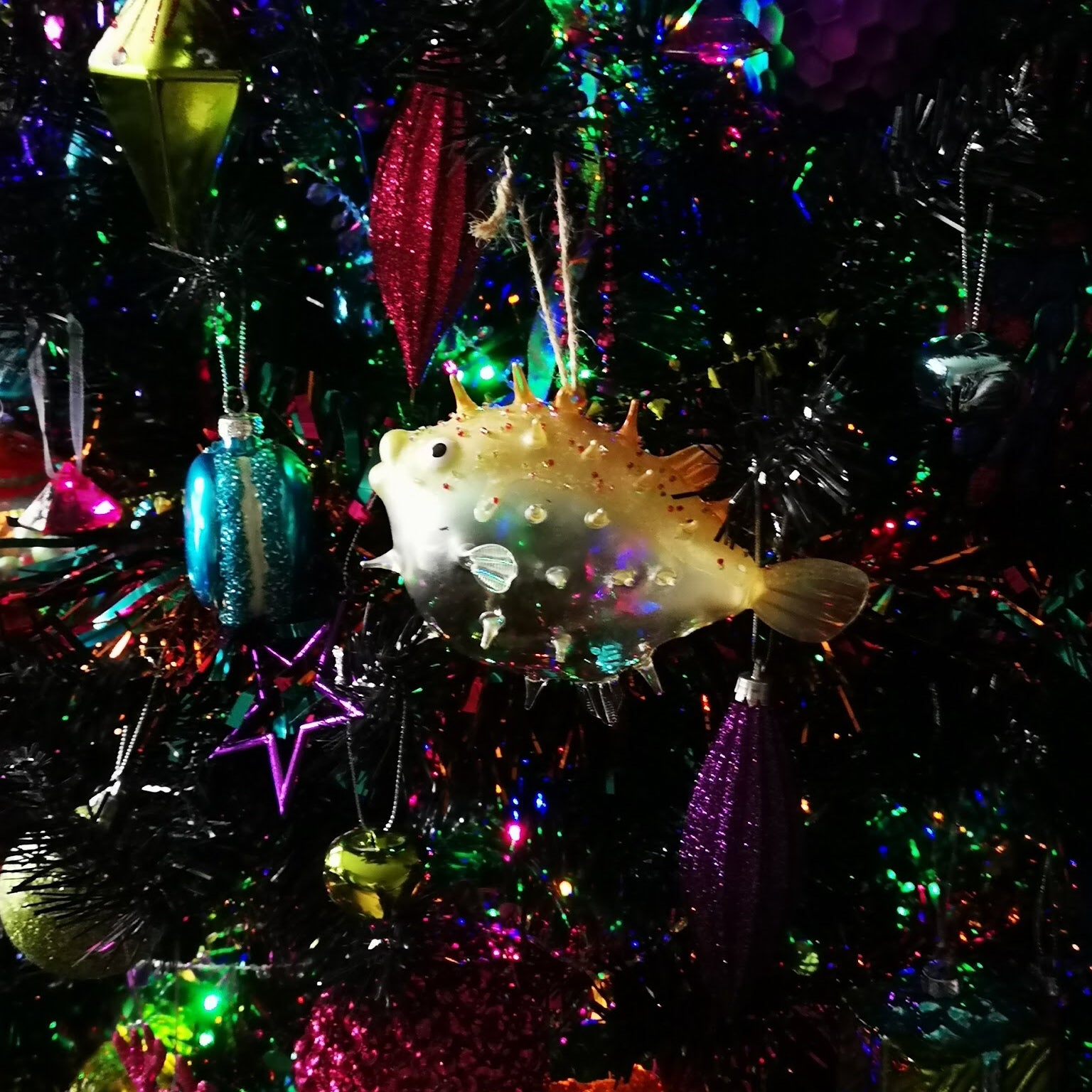 Licclefreak Loves Christmas. Christmas tree. Kitsch Christmas.