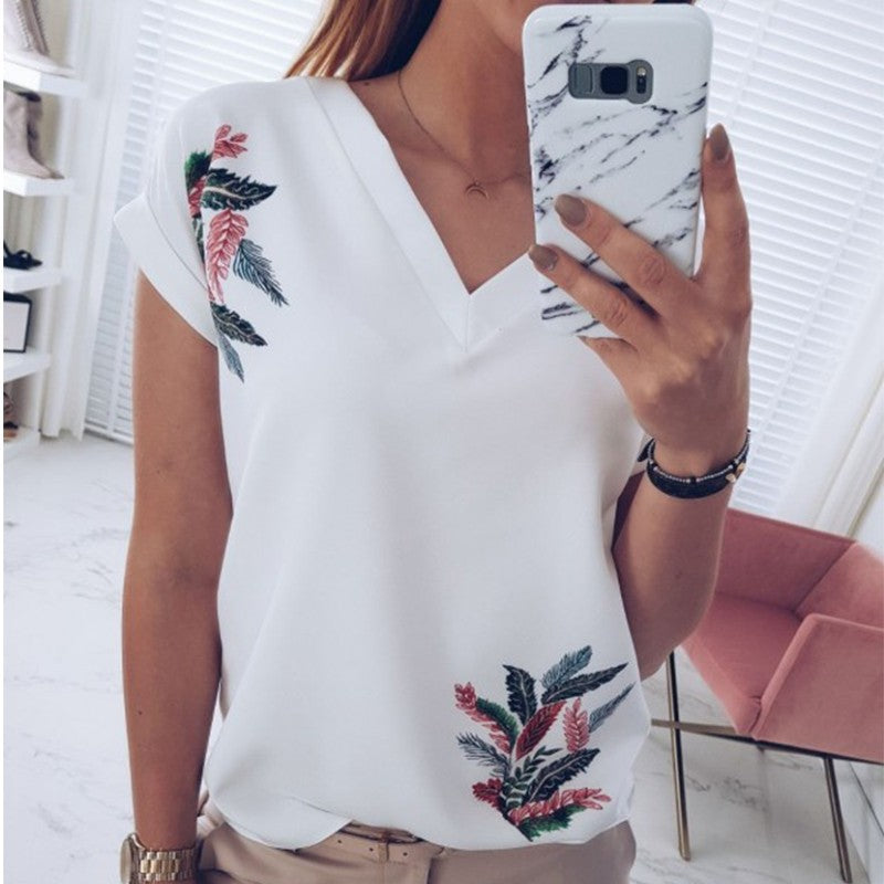 V-Neck Short-Sleeved Printed Casual T-Shirt Top