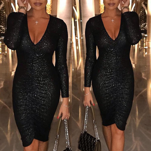 Fashion V-Neck Sexy Long-Sleeved Slim Bag Hip Dress