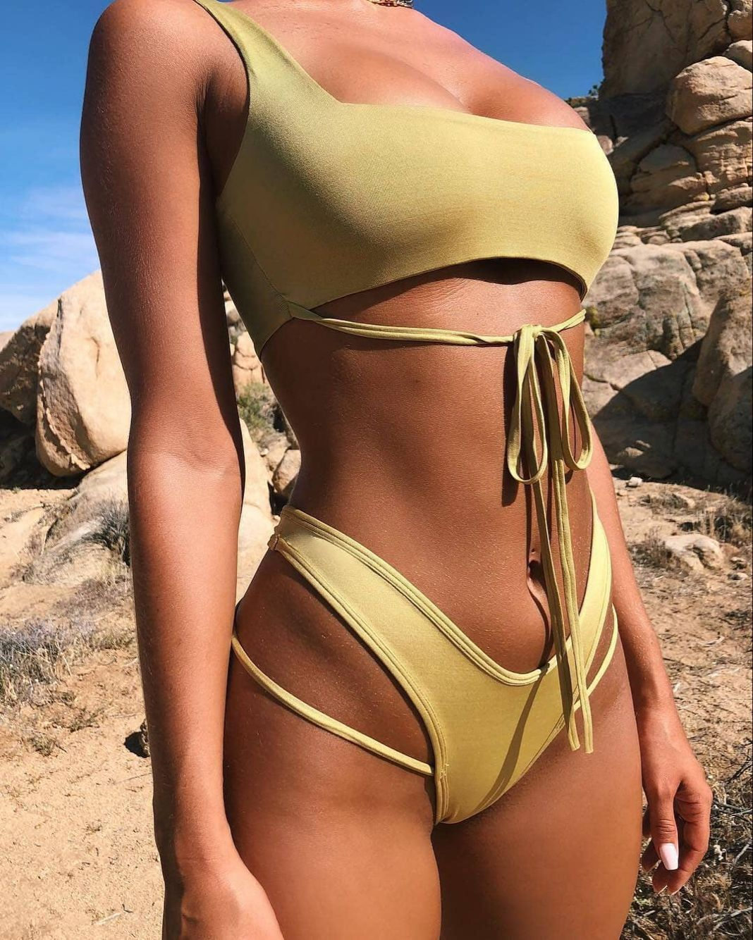 2018 Solid Color Sexy Split Swimsuit 3 Color Bikini