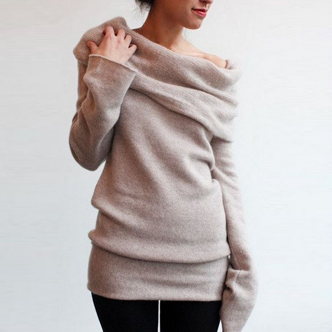 Slim long-sleeved knit sweater